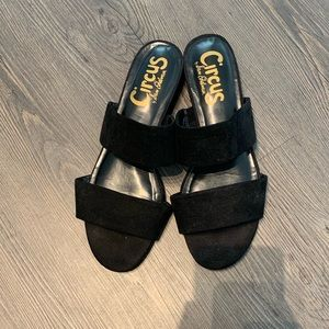 1 pair of Circus by Sam Edelman Two band Sandals